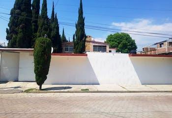 Enorme Casa con terreno cerca de UNAM Fesc Xhala.
