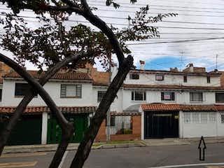 Casa en venta en Las Margaritas de 3 habitaciones