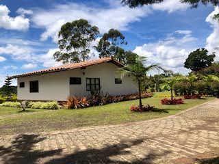 Finca en Rionegro, Casa en venta en La Laja de 2 habitaciones