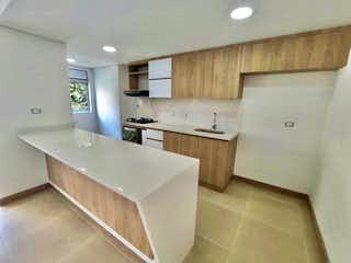 3er Piso A Estrenar, Apartamento en venta en Los Almendros con acceso a Balcón