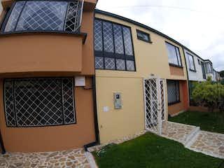 Casa en venta en Pontevedra con acceso a Jardín