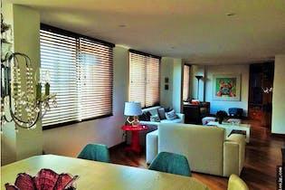Venta de apartamento penthouse en la Carolina, Bogotá, cuenta con 3 habitaciones.