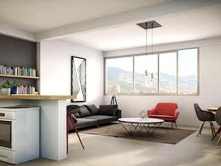 Una sala de estar llena de muebles y una gran ventana en Madera Nativa