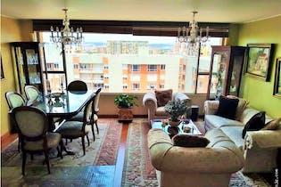 Venta de apartamento duplex en Usaquén- Bogotá, cuenta con 3 habitaciones.