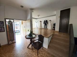 Casa en venta en Los Almendros de 6 alcoba