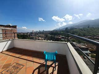Casa en venta en Caicedo de 5 habitaciones