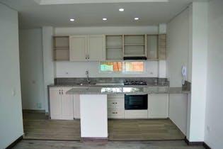 Casa En Chia, con 3 habitaciones con balcón.