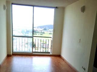 Una vista de una sala de estar con suelos de madera en Apartamento En Venta En Bogota Tibabita, Dos Alcobas