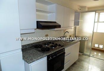 Apartamento en venta, Laureles, cuenta con 3 habitaciones.