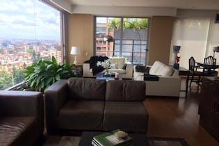 Apartamento en venta en El Refugio con Solarium...