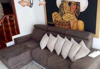 Casa en venta en Portales del Norte de 100 mts2, tres niveles