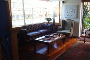 Apartamento de 173m2 en Bogotá, Rincón del Chico - con terraza, sala con chimenea