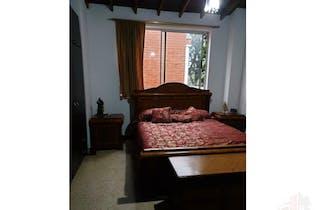 Se vende casa en Poblado-El Diamante No.2, cuenta con 3 habitaciones