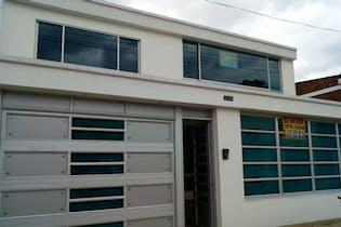 Casa en venta en Barrio Modelia, 280m² con Bbq...