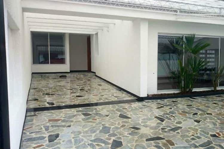 Portada Casa En Venta En Bogota Modelia - 3 alcobas