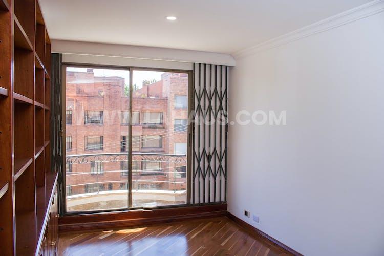 Foto 6 de Apartamento En Venta En Bogota Santa Barbara -Usaquén, Tres Alcobas, 164 mts