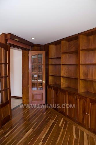 Foto 10 de Apartamento En Venta En Bogota Santa Barbara -Usaquén, Tres Alcobas, 164 mts