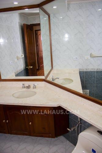 Foto 26 de Apartamento En Venta En Bogota Santa Barbara -Usaquén, Tres Alcobas, 164 mts