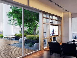 Una sala de estar llena de muebles y una ventana en Icon Beyond