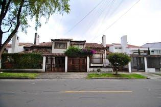 Casa en venta en Prado Veraniego 306m²