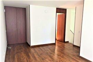 Apartamento en venta en Barrio Toberín de 76m² con Jardín...