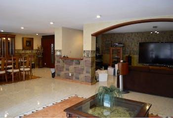 Casa en venta en San José Insurgentes 350m2 con jardín