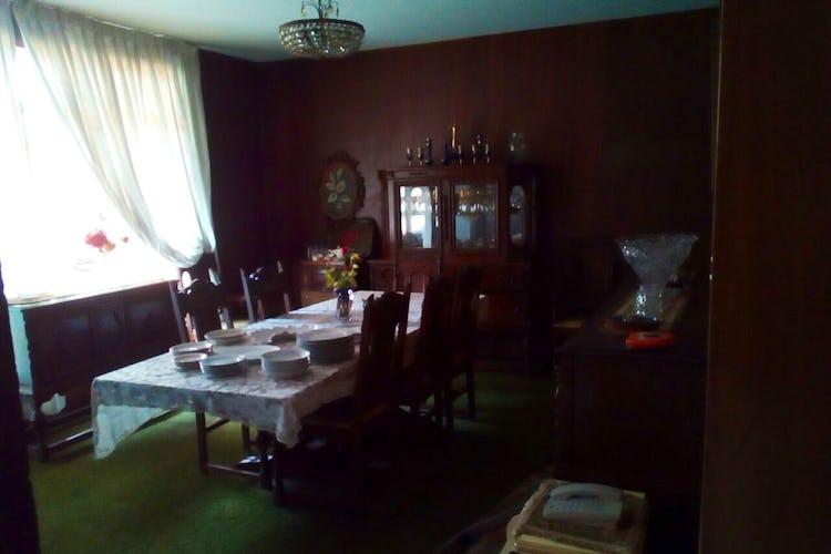 Portada Casa en venta en Col. Acacias, 327 m² con jardín y salón de usos múltiples