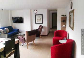 Apartamento en El Poblado-Santa María de los Ángeles, con 3 habitaciones.