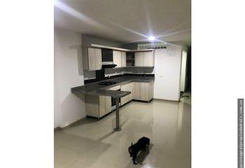 Apartamento en venta en El Carmelo de 3 hab.