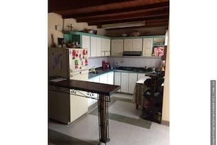 Casa en La Ceja, Antioquia - Cuatro alcobas