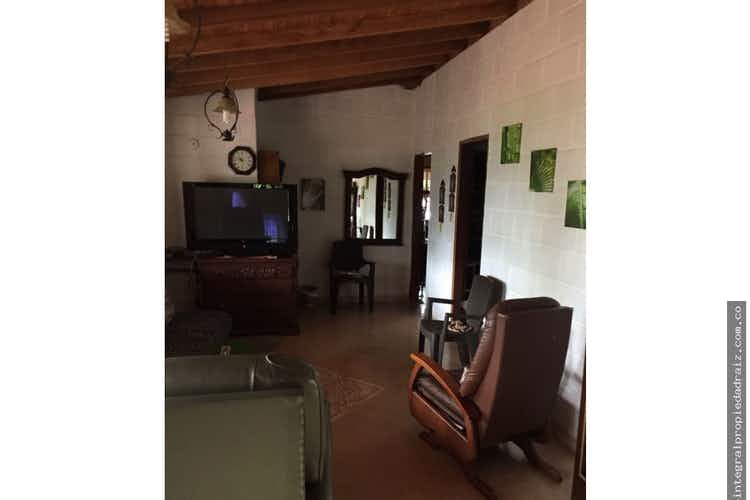 Portada Finca de Recreo en V. El Totumo, Girardota - 320mt, cuatro alcobas, jacuzzi