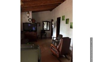 Finca de Recreo en V. El Totumo, Girardota - 320mt, cuatro alcobas, jacuzzi