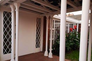 Casa en venta en Batán de 141m² con Jardín...