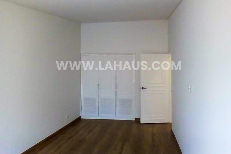 Foto 13 de Apartamento en Santa Barbara con 4 alcobas, 240 mts2