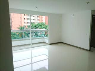 Una vista de un cuarto de baño con una puerta de cristal en Apartamento en Pilarica , Robledo - 80.25 mts, 1 parqueadero.