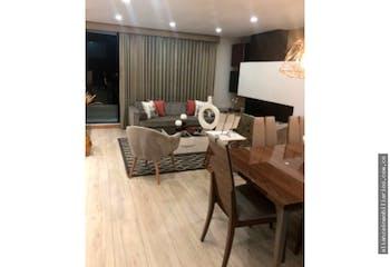 Apartamento de 133m2 en San Patricio, Bogotá - con tres alcobas, más estudio