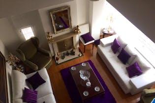 Apartamento en Chico Navarra, Santa Barbara con tina con jacuzzi,