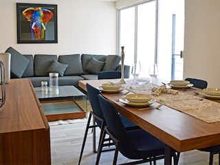 Una sala de estar llena de muebles y una mesa en Liv. Repúblicas
