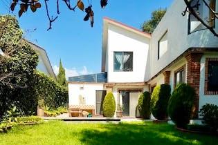 Hermosa Casa en Venta en Condado de Sayavedra