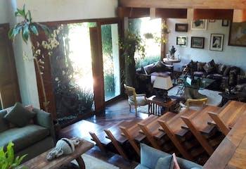 Casa en venta en Bosques de las Lomas con jardín