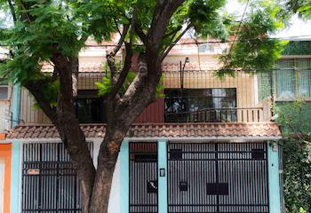 Casa en venta en Col. Asturias 216 m²