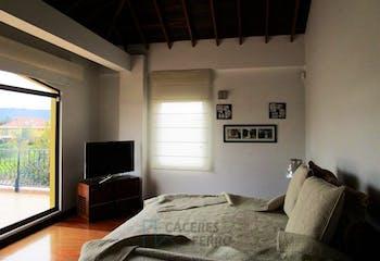 Casa Campestre en Pueblo Viejo, Cota, 5 Habitaciones- 260m2.