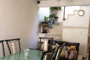 Casa en venta en Ampliacion Santa Rosa, de 135mtrs2