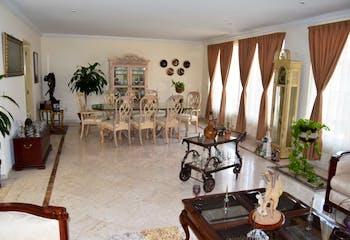 Casa en venta en Club De Golf Residencial, 437mtrs2