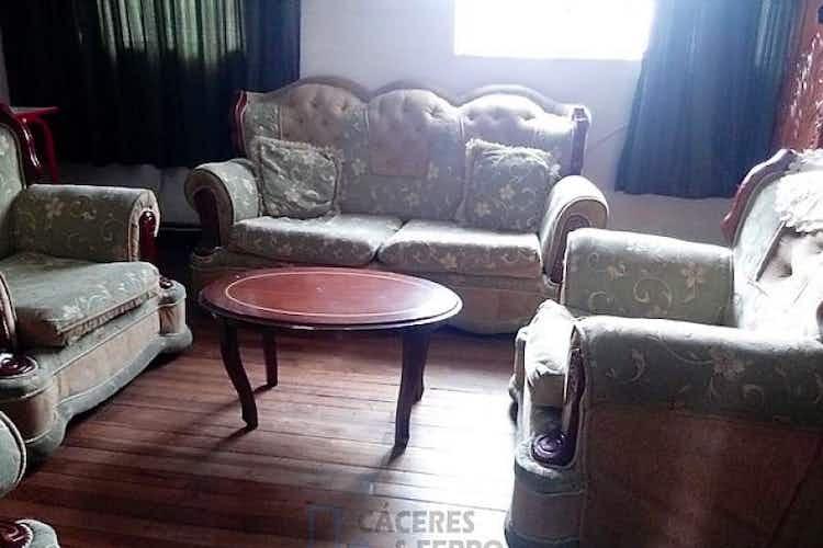 Portada Casa En, Santa Fé, Centro, Bogotá, 2 Habitaciones. 410m2.