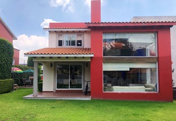 Casa en VENTA en Loma de Valle Escondido