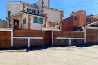 Casa en Lomas de la Hacienda, Atizapán de Zaragoza
