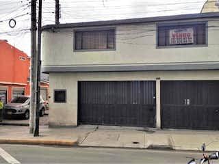 VENDO CASA COMERCIAL ESQUINERA SOBRE AV. VILLA DEL RIO