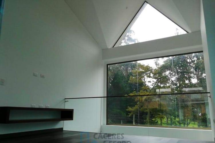 Portada Casa En Casa Blanca Suba, Britalia Norte, 3 Habitaciones-223m2.