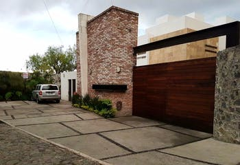 Vendo Hermosa casa en condominio  Lomas Quebradas $8,700,000